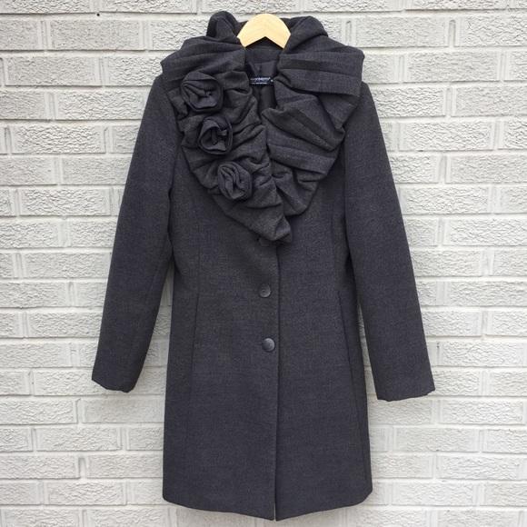 purchase cheap 970b2 e3323 Rinascimento Italian Long Rosette Cappotto Coat
